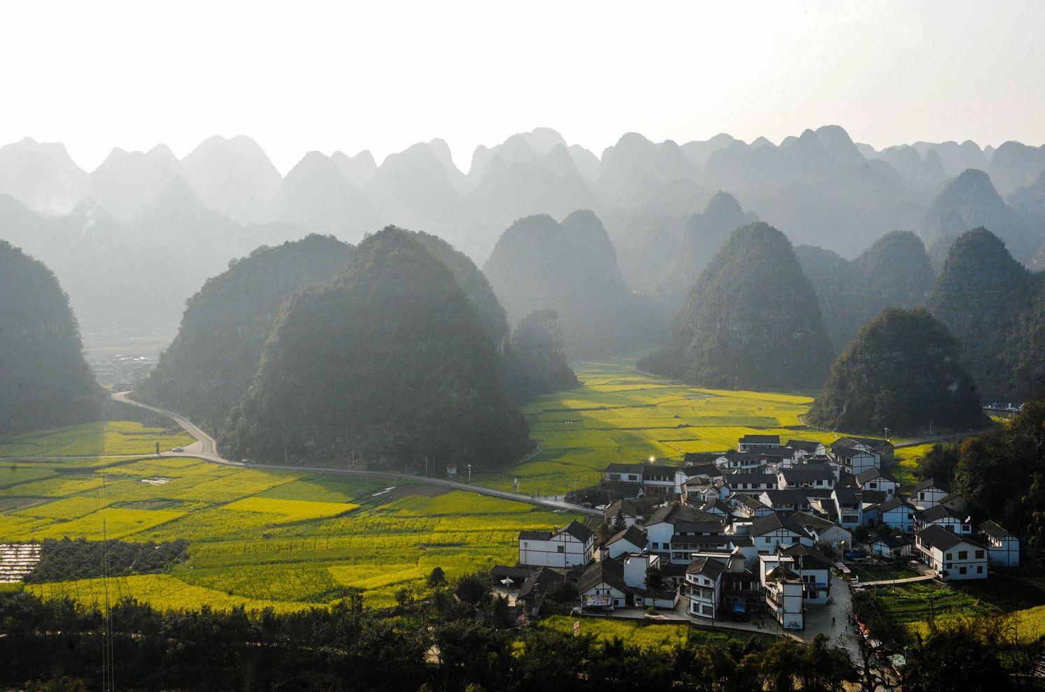 Деревня Ванфенглин, г. о. Тунжэнь, пр. Гуйчжоу.
